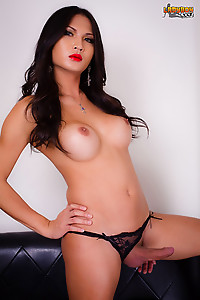 Sexy Breeze is a gorgeous sultry looking tgirl with a smoking hot body, big tits, a juicy ass and a